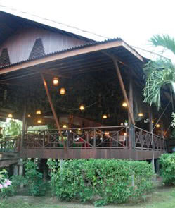 Kinabatangan Riverside Lodge