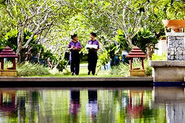 A Sense of Well-being: Sanctuaries & Cuisine in Southern Thailand