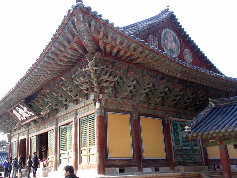 A beautiful temple in Seoul