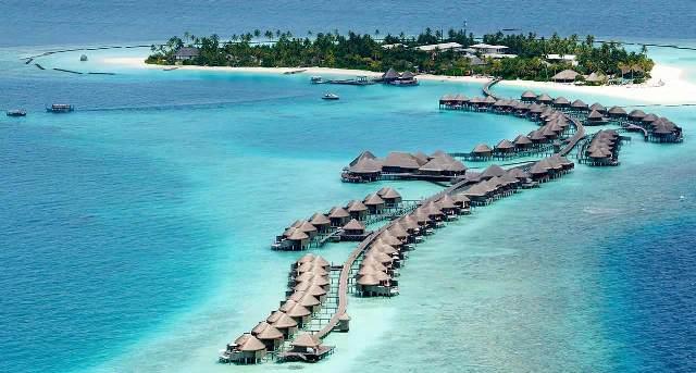 Resort living, Maldives-style