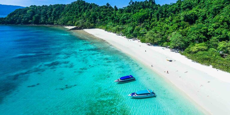 Pure Shores: 5 Amazing Asian Yachting Destinations
