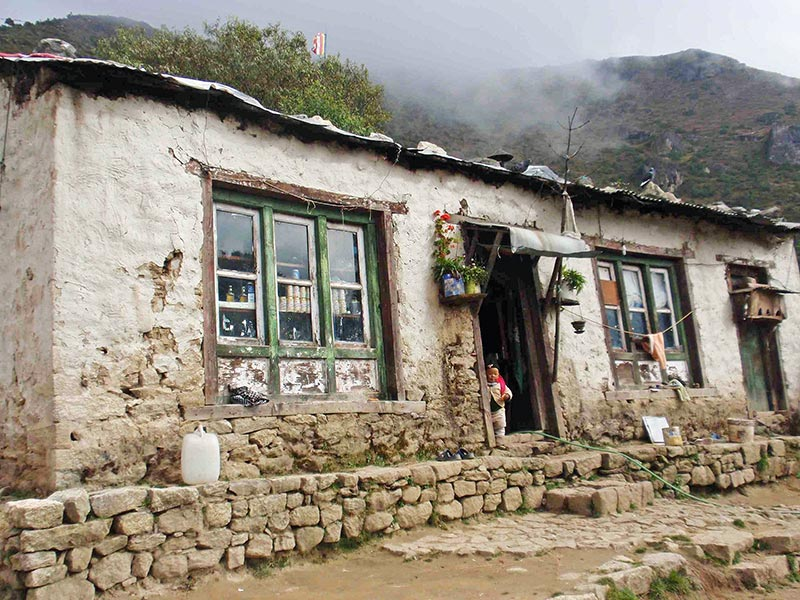 A typical Sherpa house