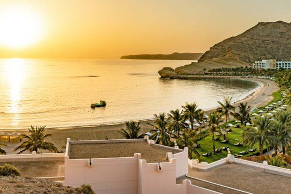 Design your perfect Oman honeymoon