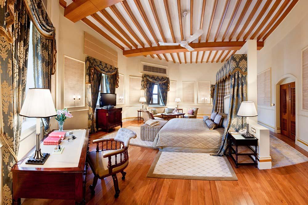 Nizam Suite Room,Taj Faluknama Palace.