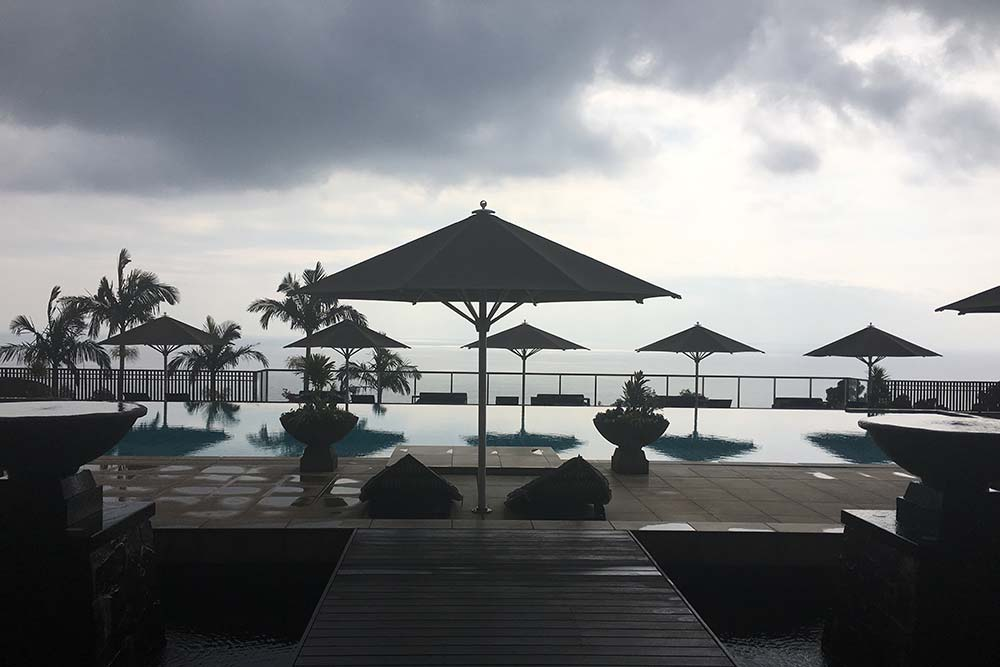 The pool at Sankara