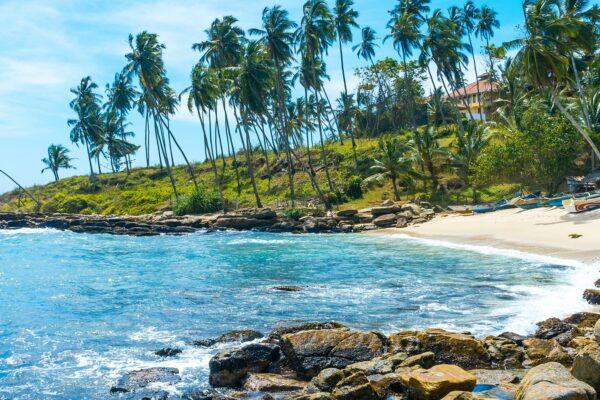 All Around the Island: 5 Must-See Sri Lankan Beaches