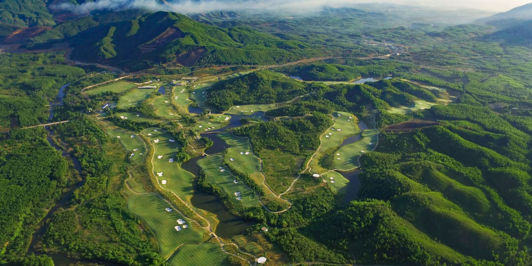 5 Reasons to Take Your Golf Clubs to Vietnam