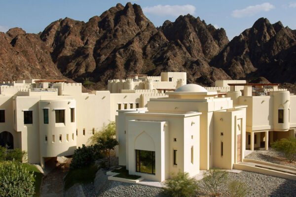 3 Must-See Muscat Luxury Hotels