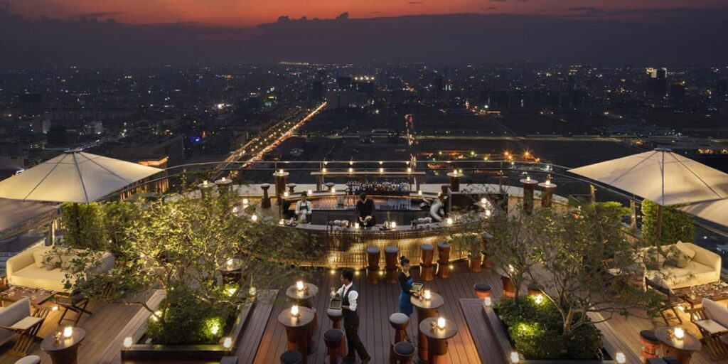 Sora, the rooftop bar of the Rosewood Phnom Penh.