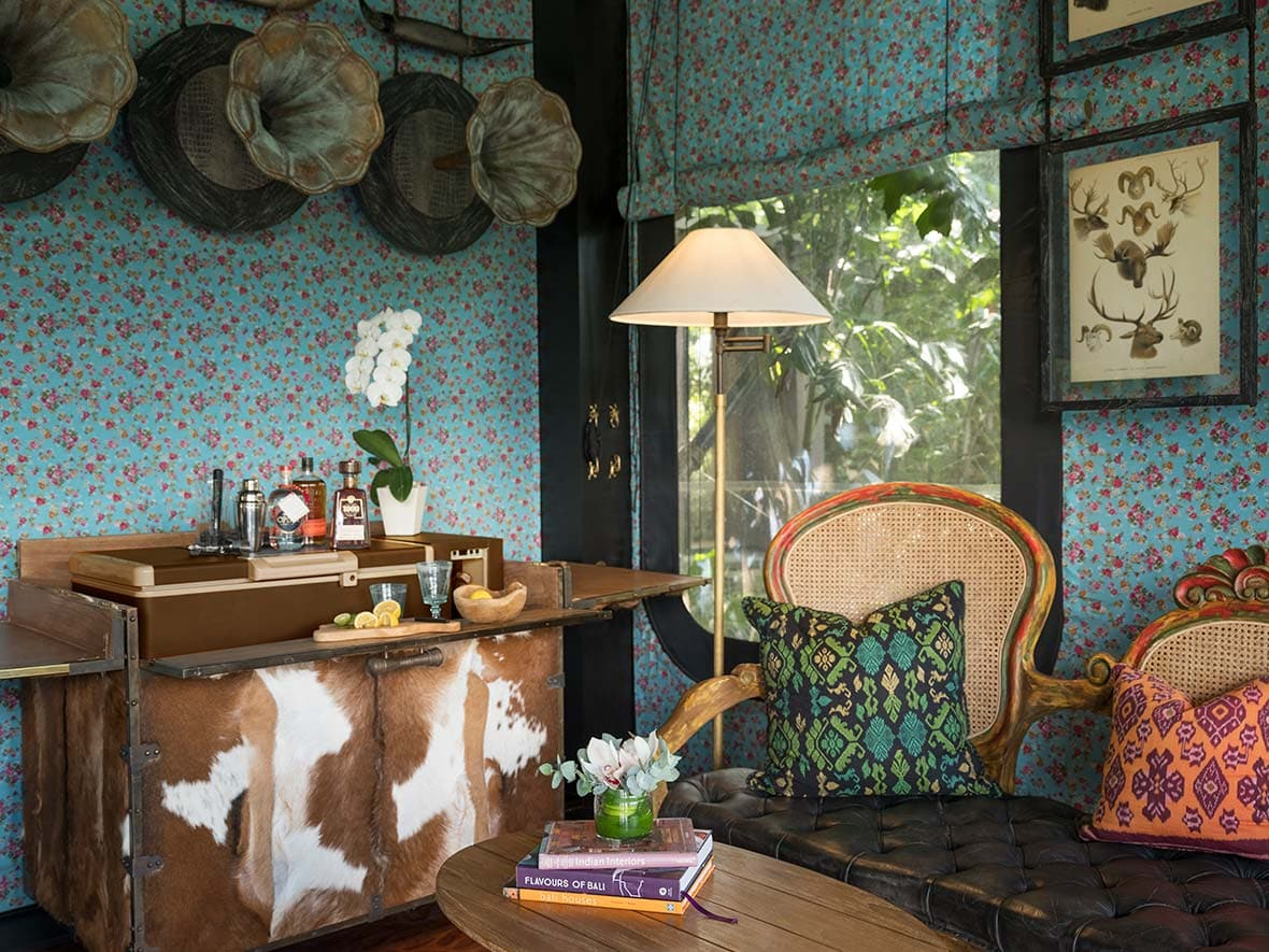 ubud-accommodation-kelikivallleytent-livingroom