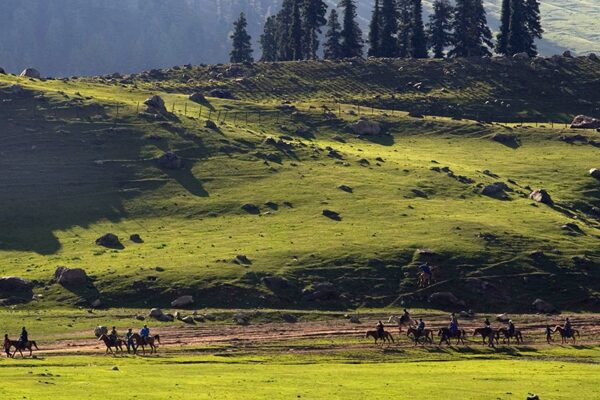 Kashmir: 5 Off-the-Beaten-Path Locales