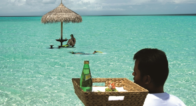 Bar crawling the Maldives way!