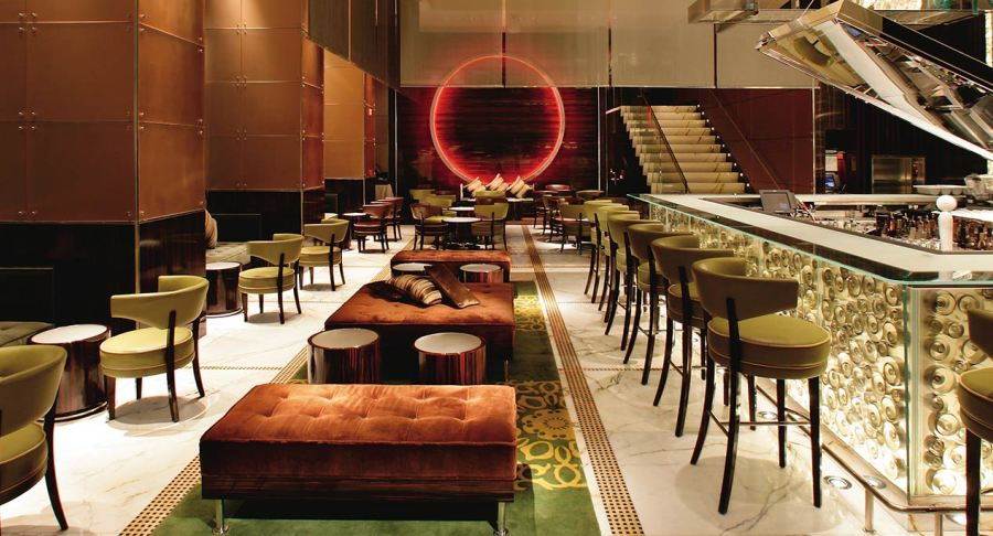 Drink in the luxury at the Landmark Mandarin Oriental