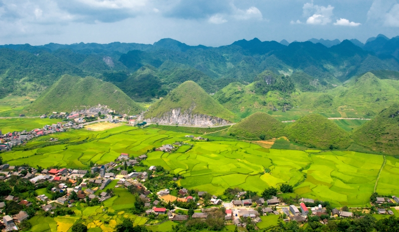 Rice terraces & mountains in Ha Giang, Northern Vietnam