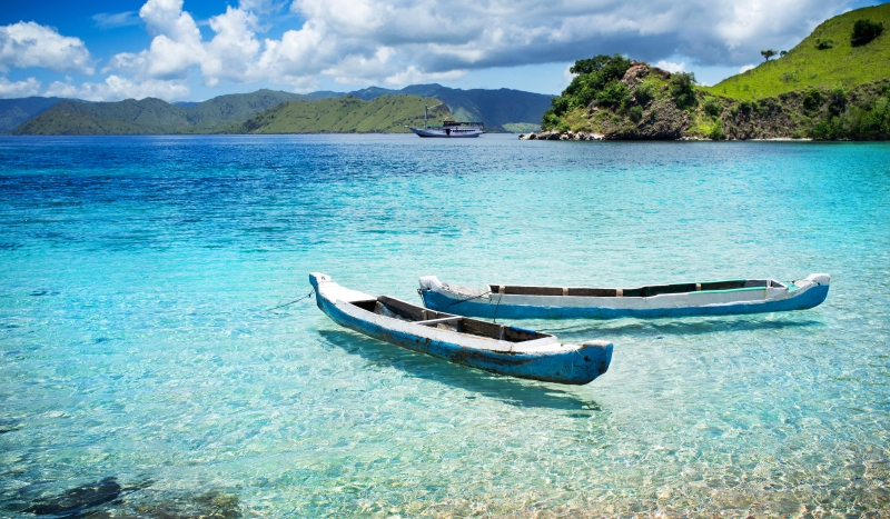 Crystal clear waters in Komodo