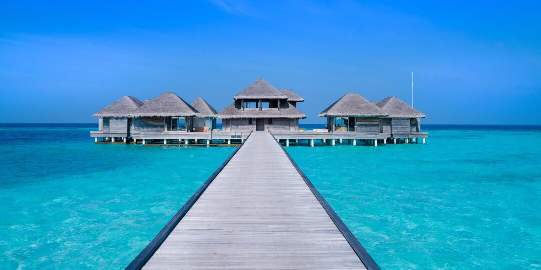 Seven Days, Seven Nights, Seven Resorts: Best of the Maldives