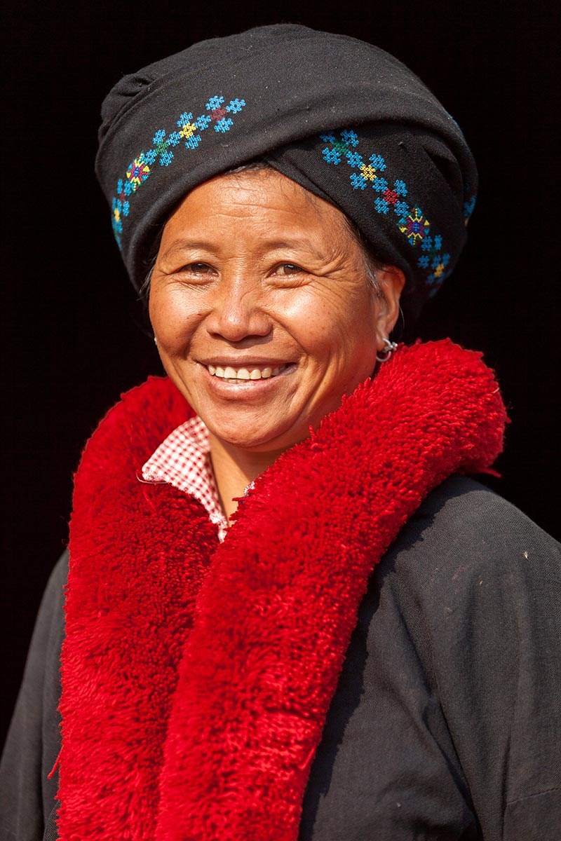 A Red Yao woman, just outside of Muang Sing.