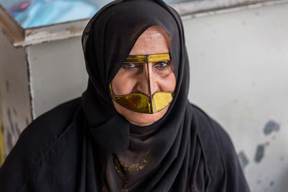 A woman wearing a burka at the Al Ain souk.