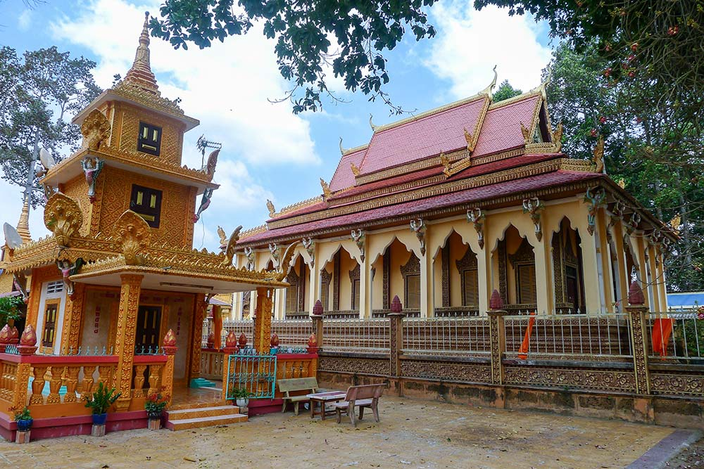 The Khmer Wat Pothisomron between Can Tho and Chau Doc.