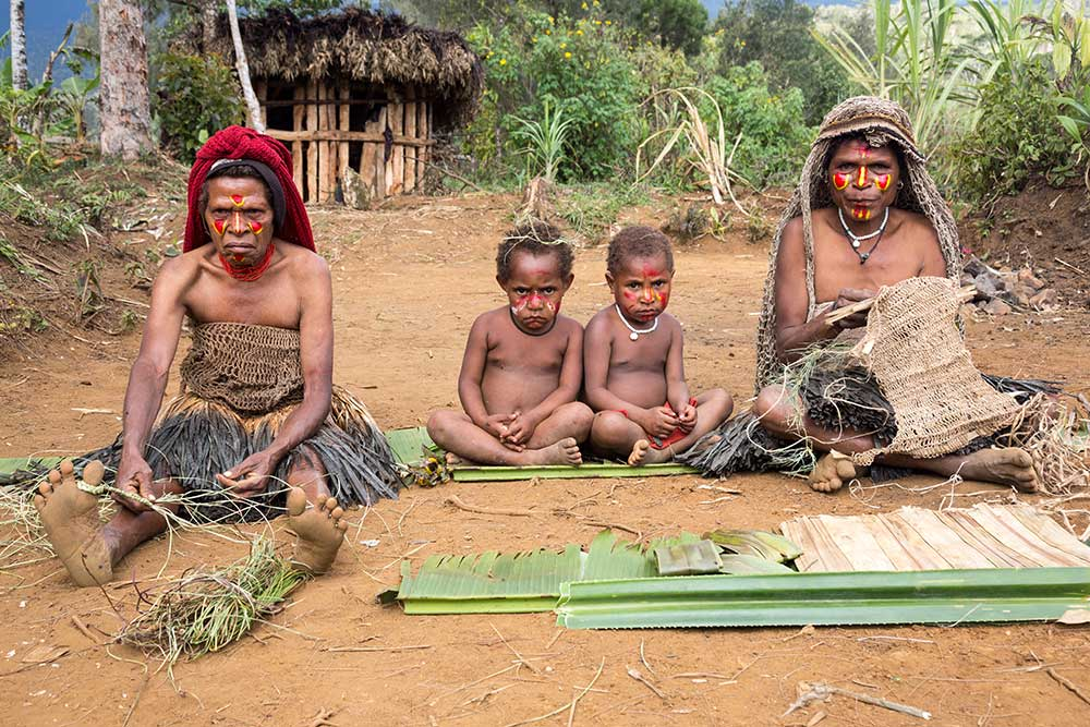 Villagers at Horonapa.