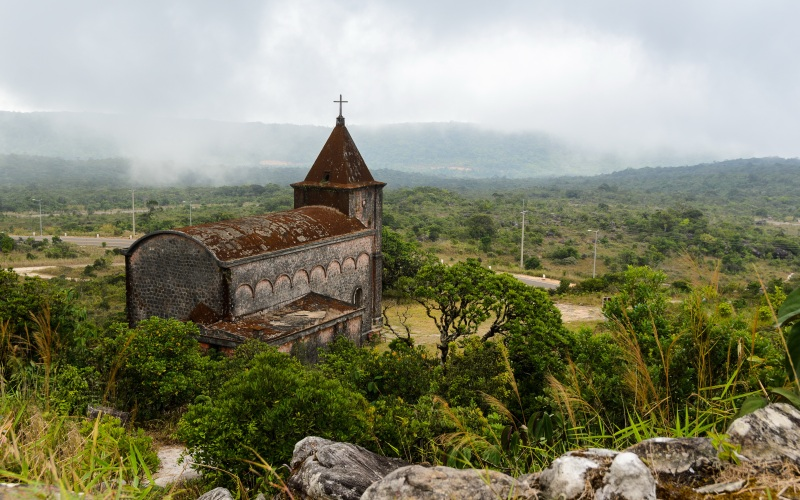 Abandoned French churchin Bokor National Park