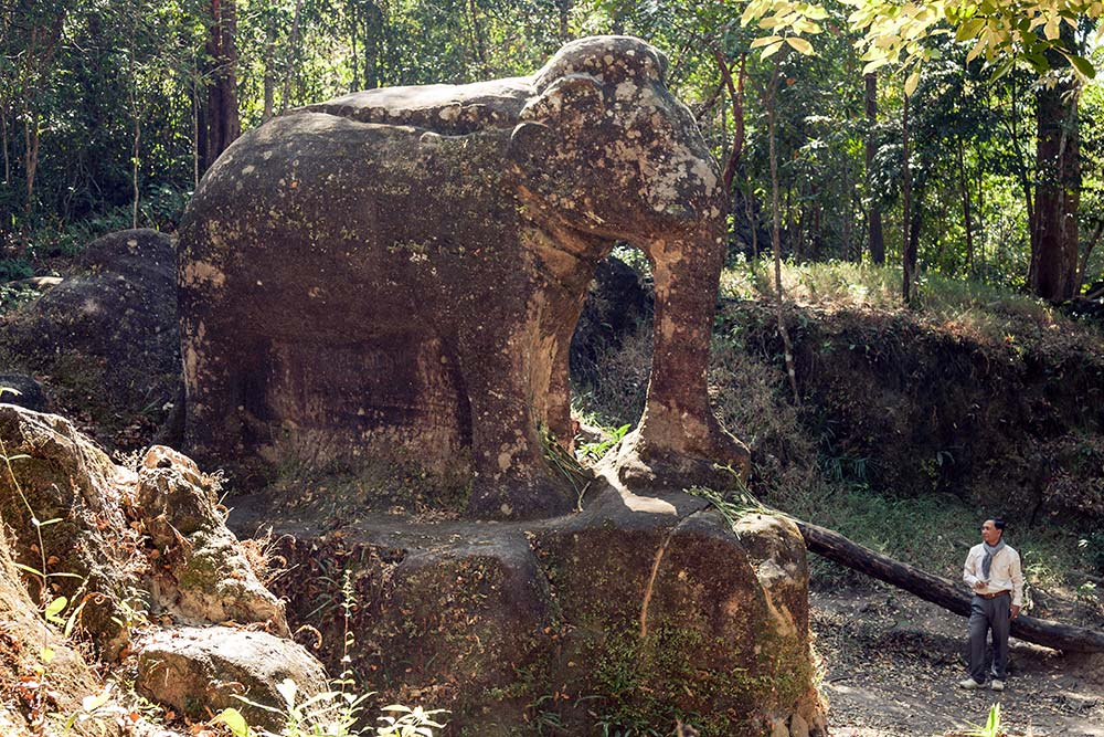 An enormous stone carving of an elephant at Srah Damrei.