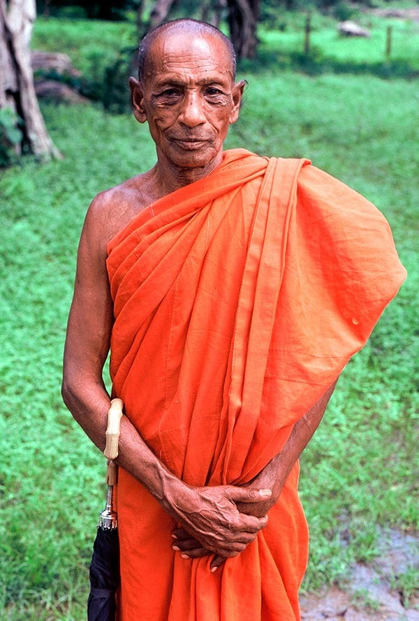 Polonnaruwa_2a-600x888