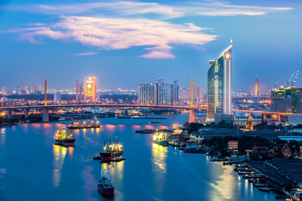 Chao Phraya at dusk