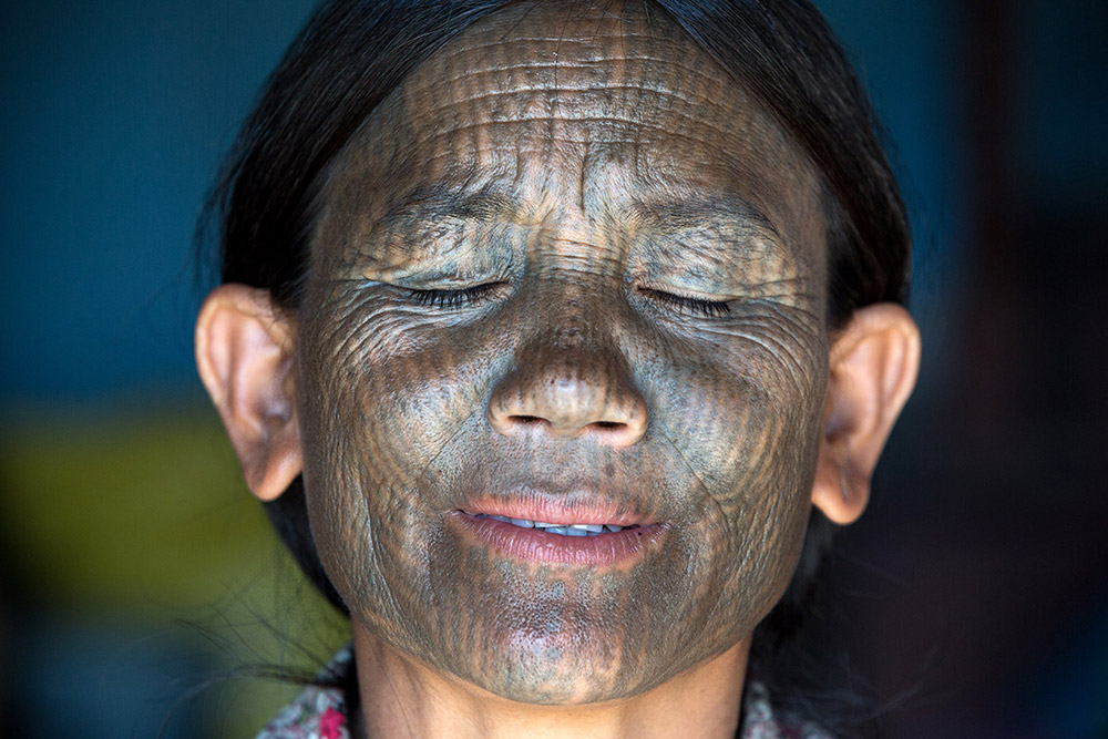 A Yin-Du Chin woman in Kanpalet.