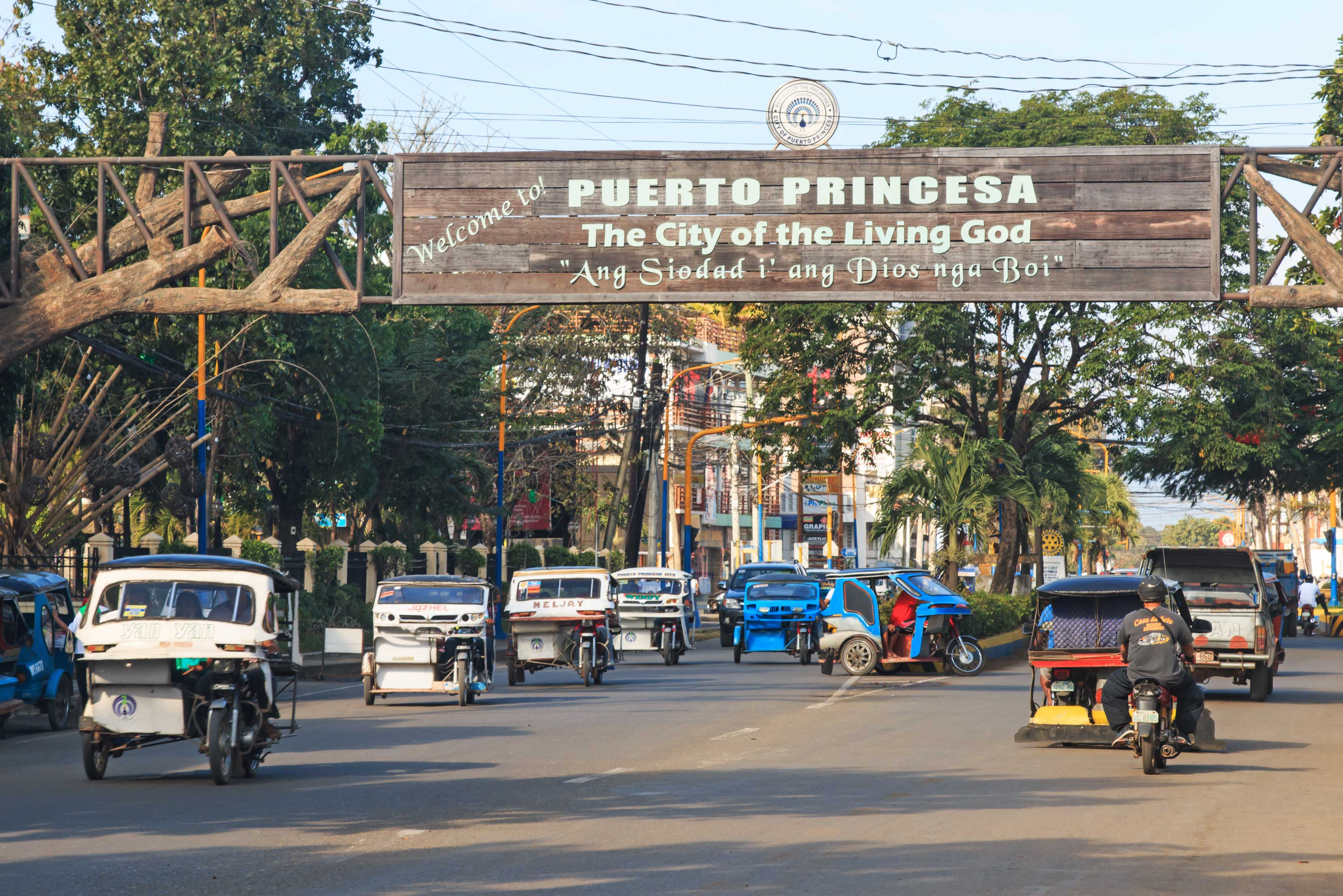 Street crowded with many tricycles, Puerto Princesa