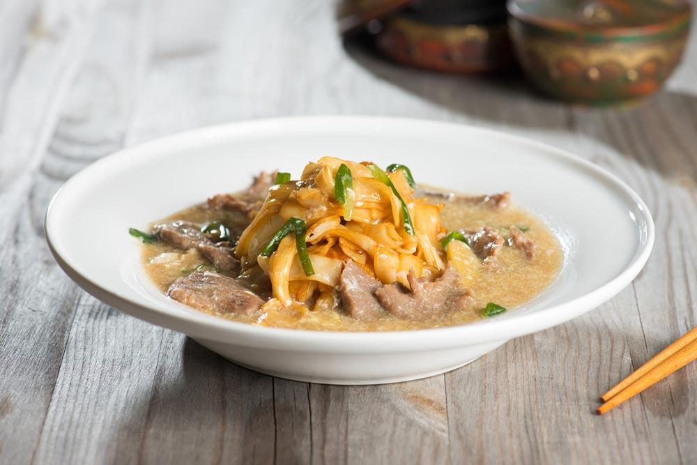 Wat Tan Hor, popular cantonese fried noodle.