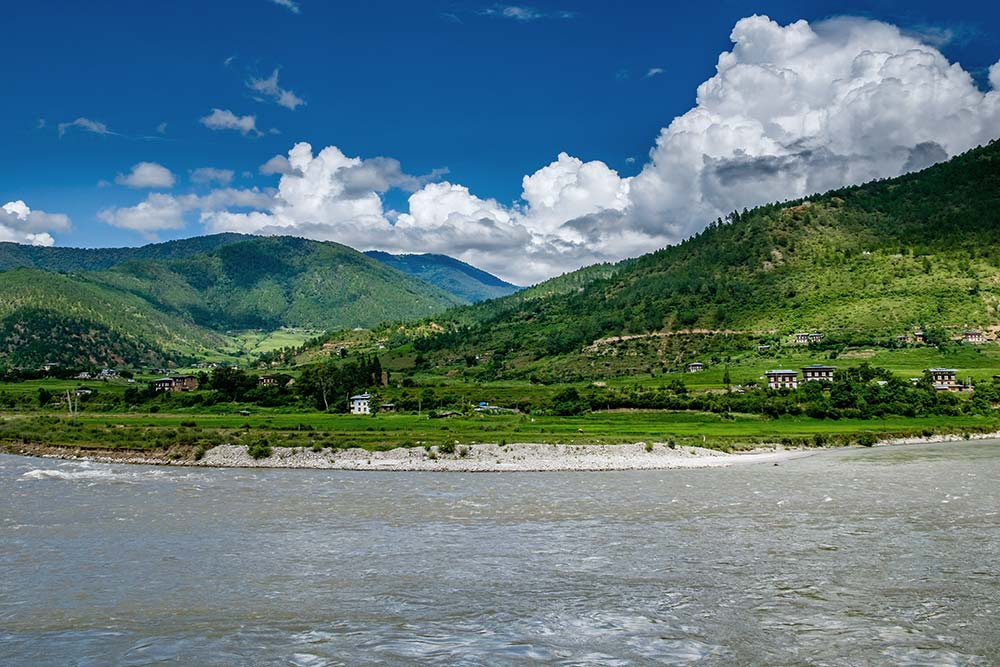 Beautiful Scenery Distant View Punakha Dzong at the Confluence of Mo Chu and Pho Chu Rivers in Punakha, Bhutan