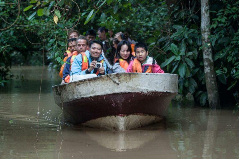 Kinabatangan-Boat