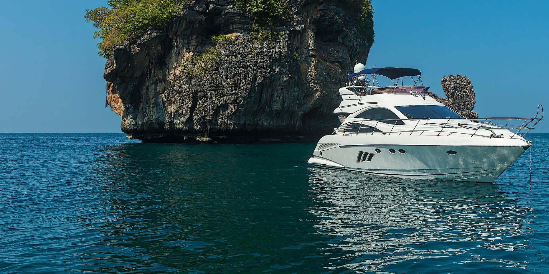 Top 5 Private Yacht Getaways from Phuket