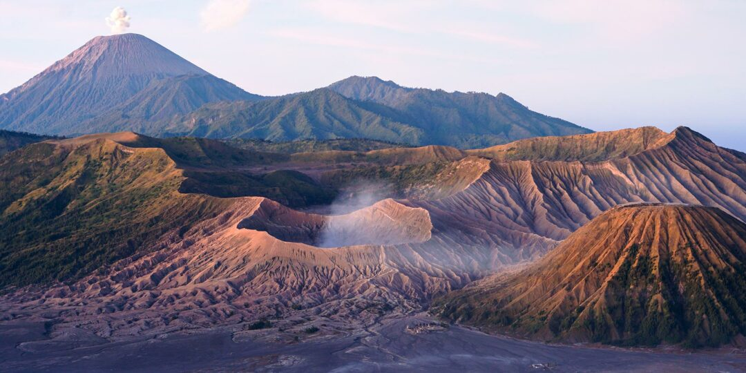 Video: The Breathing Volcano of Bromo