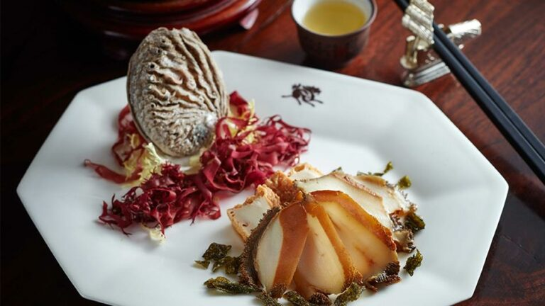 Chilled whole abalone with Longjing tea 1074 (2)