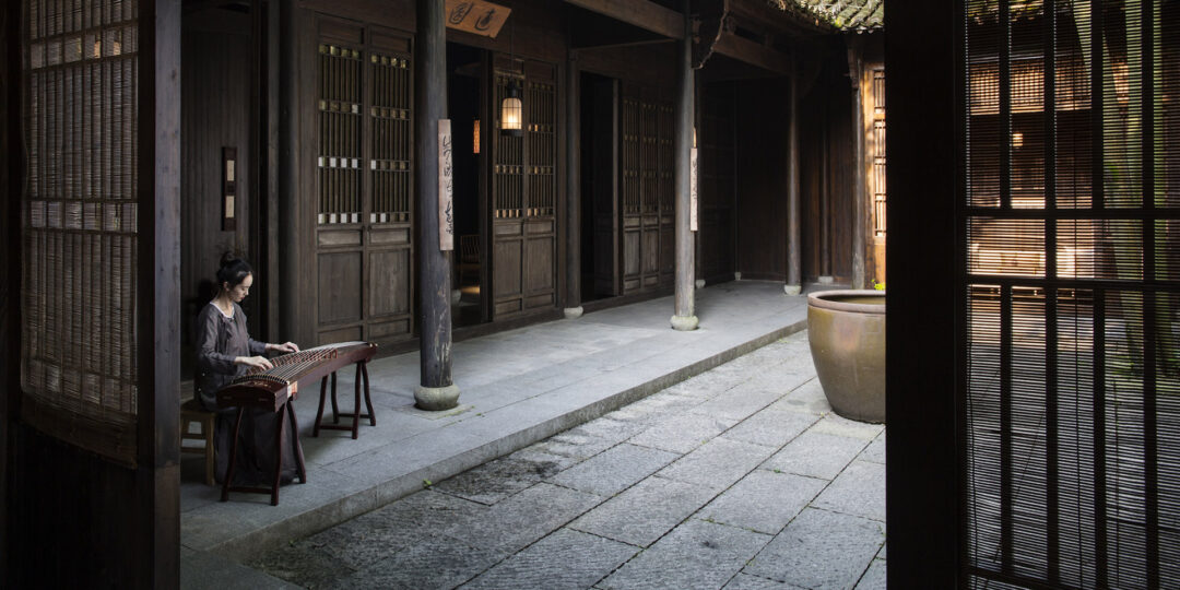 3 Luxury Hotels for a Romantic Getaway in Hangzhou