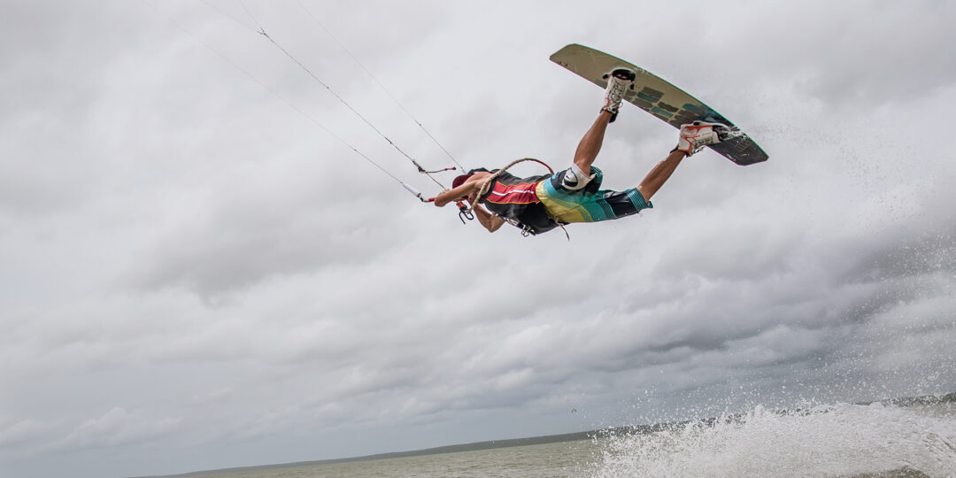 5 Sri Lanka Surfing and Kitesurfing Spots Worth a Try