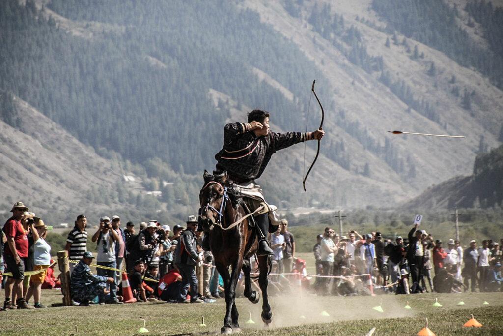 Archery,-Mongolia