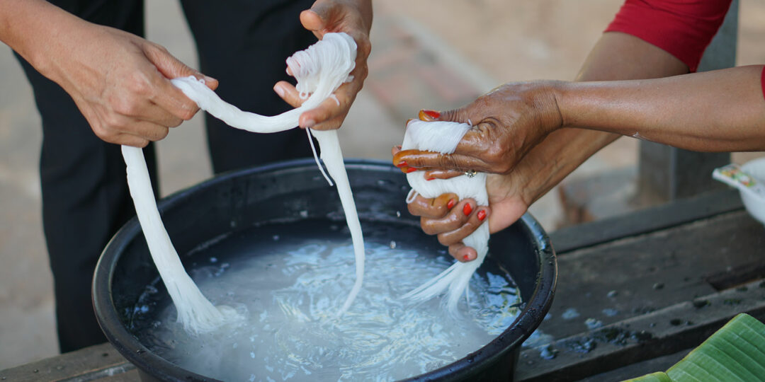 Siem Reap: Making Num Banh Chok with Park Hyatt's Executive Chef