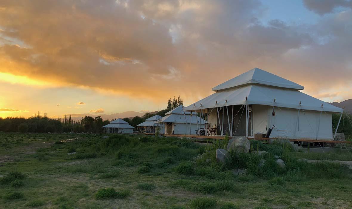 Traveling-Camp-Ladakh-03